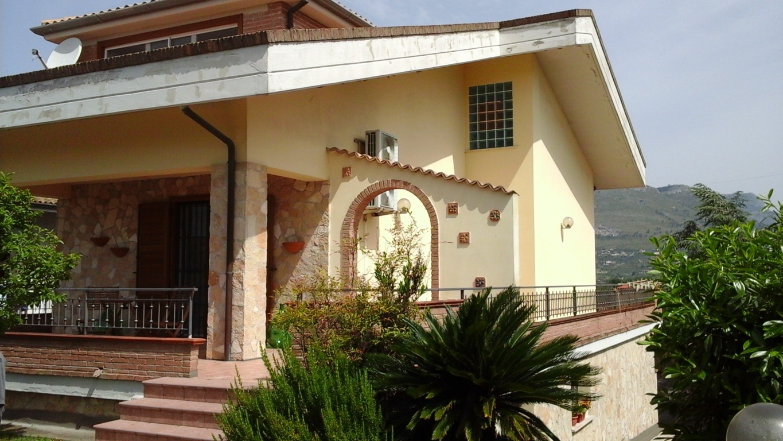 A210 Villa panoramica
