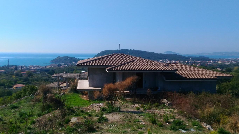 A284 Villa Panoramica ampia metratura
